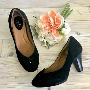 7 Clarks Artisan Society Ball Black Suede Heels